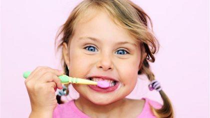 tagliabò-biella-igiene-bambini.lavare-denti